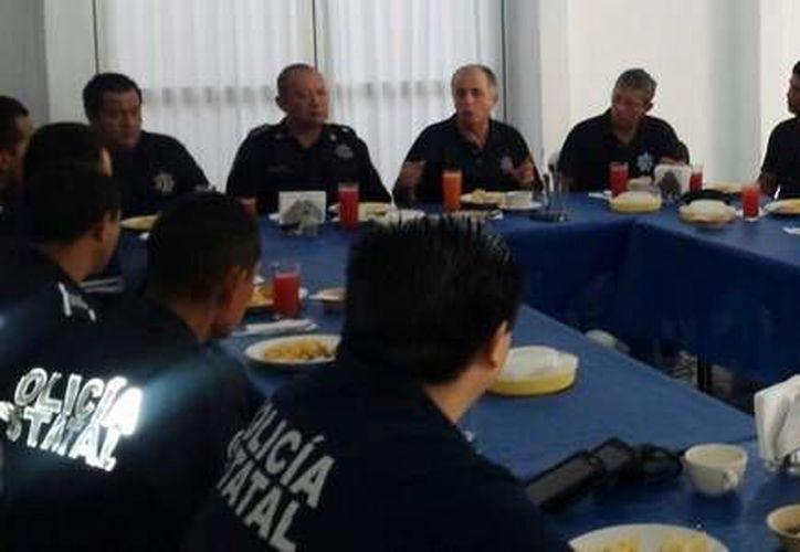 En la reunión estuvieron presentes los comandantes de cada sector de la Policía Estatal Preventiva (PEP). (Cortesía)