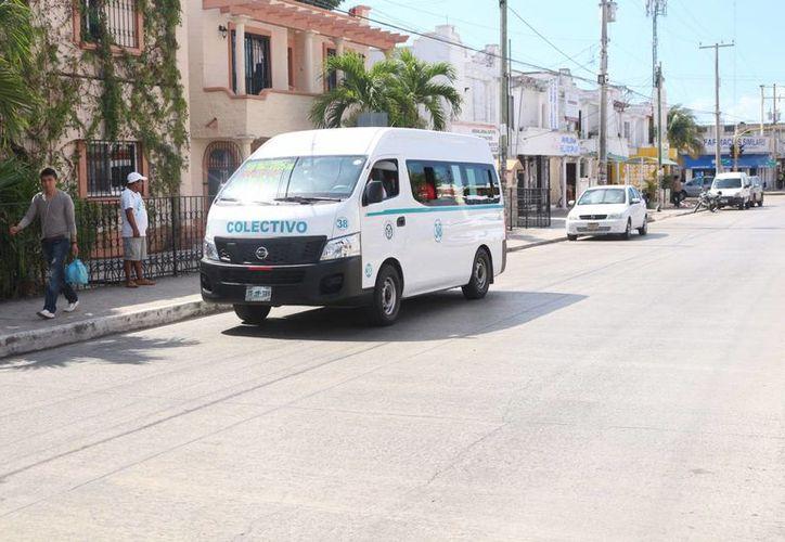 Choferes de transporte público recibirán capacitación sobre el trato a personas con discapacidad. (Adrián Barreto/SIPSE)