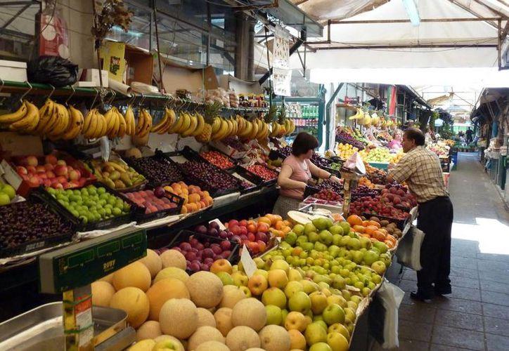 Se espera que la inflación toque un máximo de cinco por ciento a mediados de 2017. (vespertinoolmeca.com)