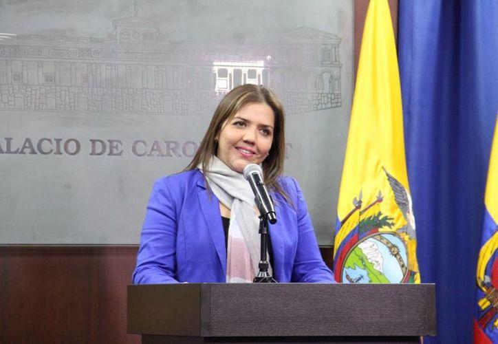 La vicepresidenta de Ecuador, María Alejandra Vicuña, renunció este martes al cargo, para iniciar su defensa tras ser acusada por actos de corrupción. (Twitter)