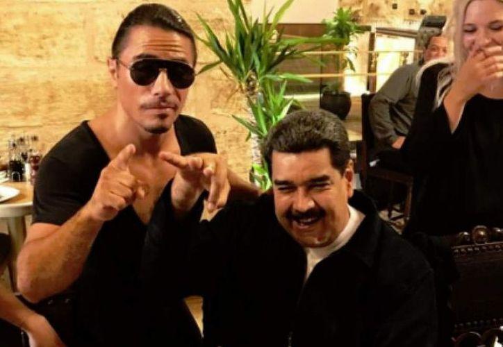 Nusret Gökçe, apodado Salt Bae agradeció la visita del presidente de Venezuela a su restaurante. (Internet)