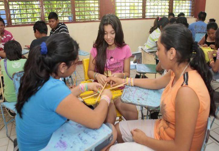 El objetivo es que los alumnos disfruten sus vacaciones con actividades lúdico-recreativas en un ambiente de sana convivencia. (Redacción/SIPSE)