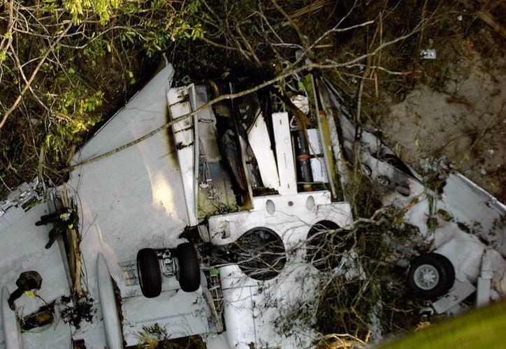 Foto de de los restos del Boing 737-800 de la aerolínea GOL que se accidentó el 29 de septiembre de 2006. (EFE/Archivo)