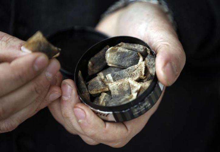 Los productos snus son populares en países escandinavos y parte de un mercado cada vez mayor en Estados Unidos. (Eric Roxfelt/Bloomberg)