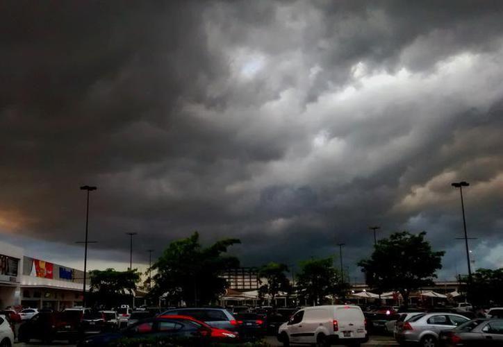 Habrá vientos del norte-noreste de 20 a 30 kilómetros por hora con probables rachas superiores a los 50 kilómetros por hora. (Novedades Yucatán)