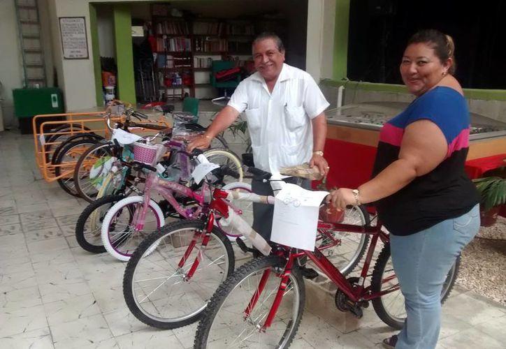 Los trabajadores tienen opción de varios modelos de bicicletas. (Milenio Novedades)