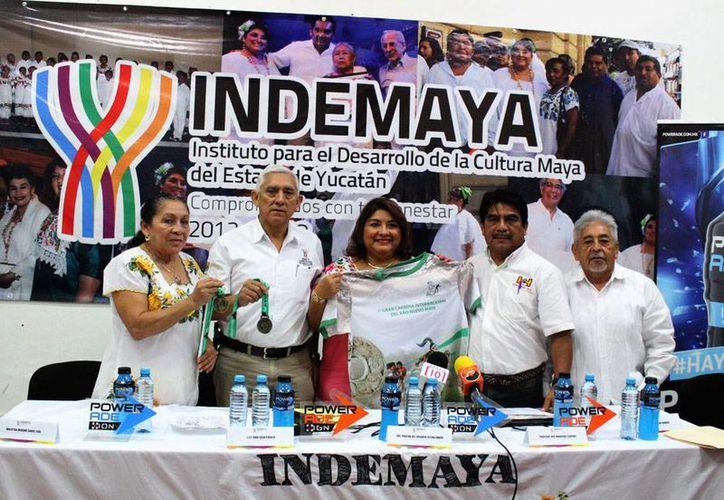 Durante la presentación oficial del Carrera Internacional del Año Nuevo Maya se dio a conocer que se espera la asistencia de competidores de zonas mayas de Guatemala y Belice. (Foto cortesía del Gobierno estatal)