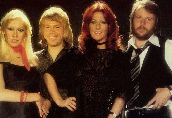 Para poder hacer las réplicas de los cantantes de ABBA que se aprecian hoy en un Museo en Estocolmo, los maquillistas y otros diseñadores no contaron más que con el apoyo de muchas fotos. (cultura-sueca.com)