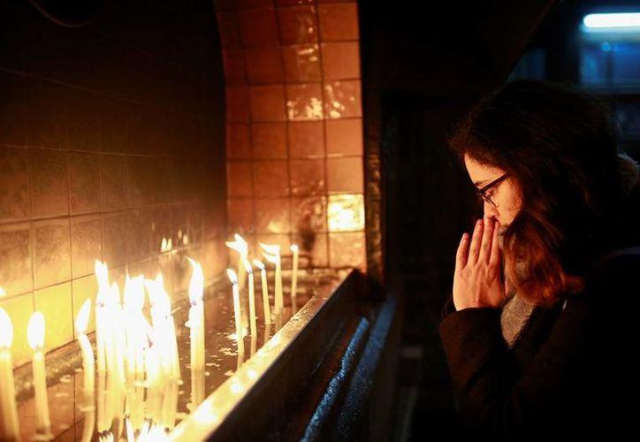 Miles de cristianos visitaron el sitio exacto donde según la tradición estuvo el pesebre donde nació Jesucristo. (AP/Emrah Gurel)