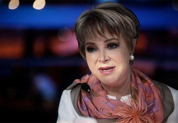 Lolita Ayala habló sobre su programa, pero también reconoció la gran labor de Karla Iberia Sánchez, quien tomará su lugar en el noticiero.(Notimex)