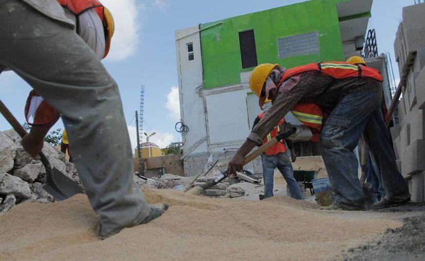Afectará a trabajadores la disminución de obras. (Jesús Tijerina/SIPSE)