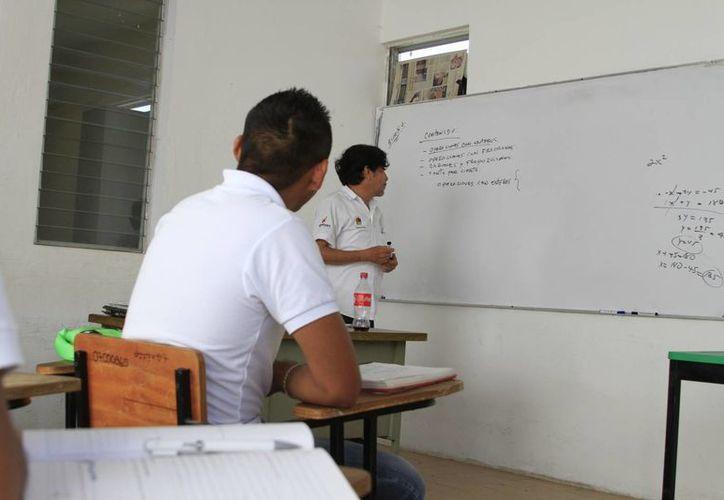 Los ejes temáticos son Cultura e Historia; Tecnología; Política Internacional; Periodismo, Oratoria, Comunicación entre otros. (Ángel Castilla/SIPSE)