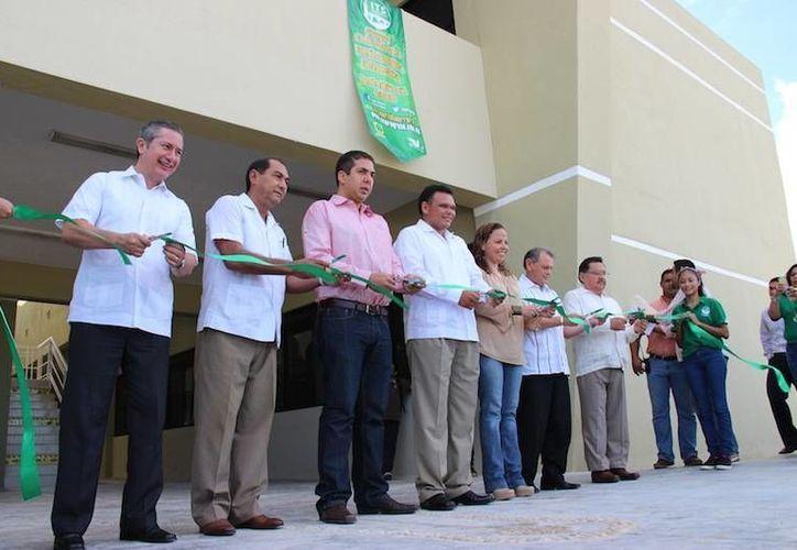 En septiembre pasado el gobernador Rolando Zapata Bello inauguró las nuevas instalaciones del Instituto Tecnológico Superior de Progreso. (SIPSE)