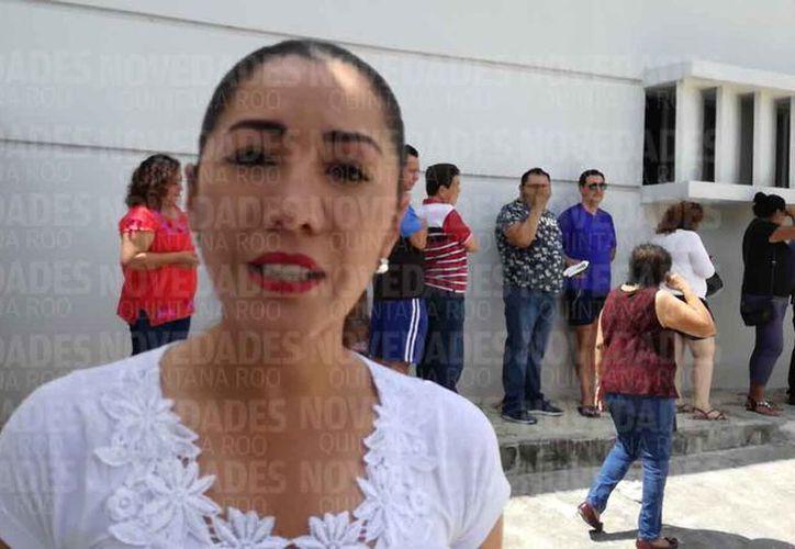 La candidata votó en la Supermanzana 64, Manzana 29, Lote 1, Casilla básica B. (Alejandro García/SIPSE)