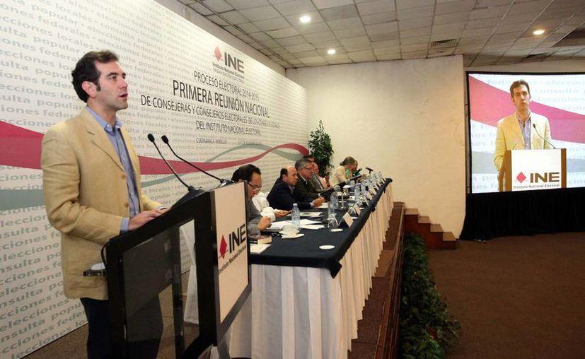 Lorenzo Córdova, titular del INE, indicó que se buscará vencer la desconfianza de los ciudadanos en los procesos electorales. (Notimex)