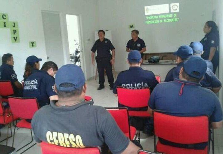 Implementarán programas para la profesionalización de los elementos policíacos del municipio. (Cortesía/SIPSE)