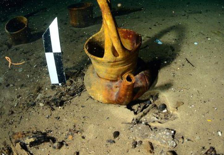 Tres espacios subterráneos inéditos, en Campeche y Yucatán, están siendo explorados por arqueólogos subacuáticos del INAH. (Notimex)