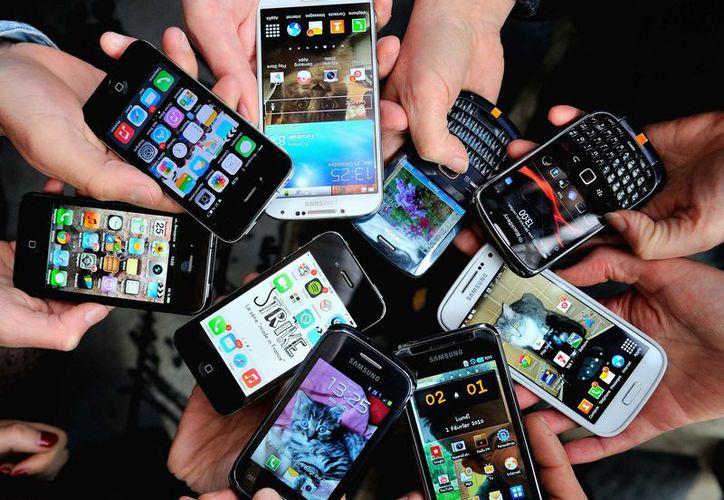 El robo de teléfonos celulares en Ciudad de México ha ido al alza. (Contexto/Internet).