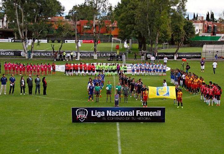 Este sábado 31 de octubre arrancó de manera oficial la Liga Nacional Femenil. (femexfut.org.mx)