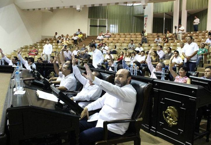 Diputados votan a favor de las reformas electorales en Yucatán. (SIPSE)