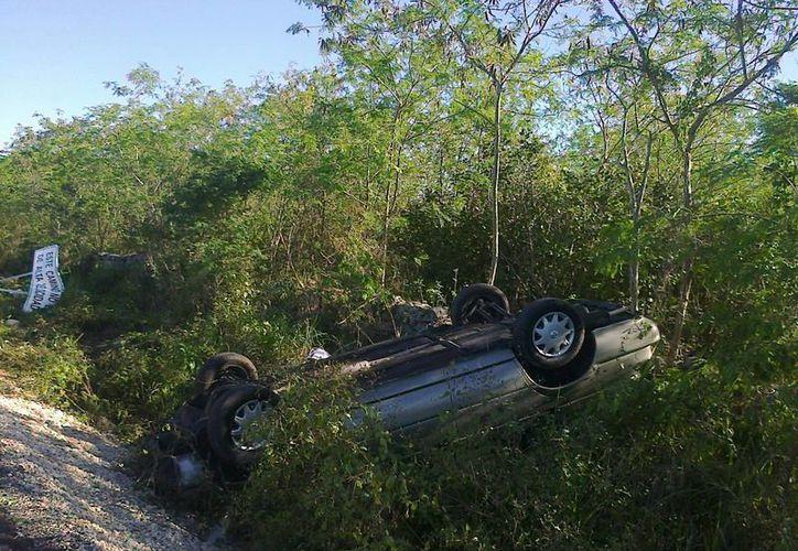 La conductora no sufrió lesiones considerables, pero sí una crisis nerviosa. (SIPSE)