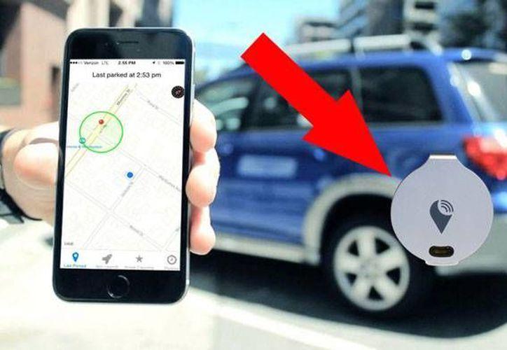 Trackr es un pequeño y barato dispositivo para localizar autos en estacionamientos y otros sitios. (Foto de ahorrandoenlared.com)