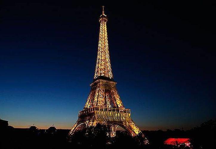 Para los turistas la falta de actitud hospitalaria de los parisinos con los viajantes es decepcionante. (Archivo/Reuters)
