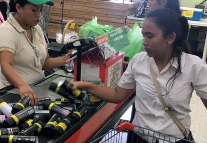 """El anuncio aseguraba """"Preciazo. TODOS los desodorantes Axe de 96 o 112 G V/AROMAS de 59.90 A SÓLO 39.90"""". (Excelsior)"""