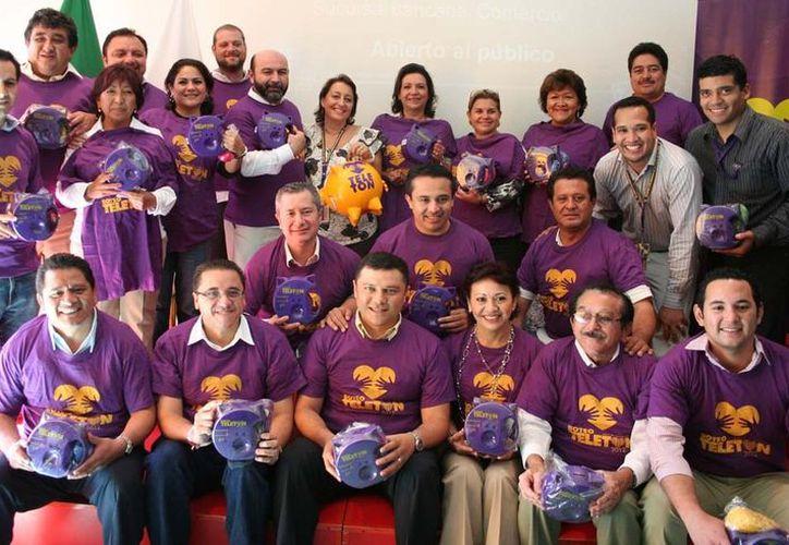 Diputados locales durante su vista al CRIT Yucatán. (Cortesía)
