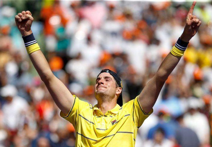 El estadounidense logró derrotar en la final a Alexander Zverev. (nytimes.com)