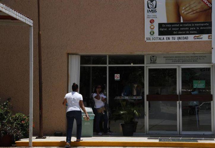 En las clínicas del Instituto Mexicano del Seguro Social si realizan este estudio a mujeres menores de los 40 años. (Tomás Álvarez/SIPSE)