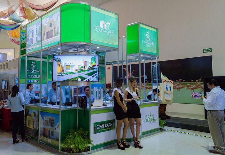 En la Feria de la Vivienda participan más de 20 expositores. (Facebook)