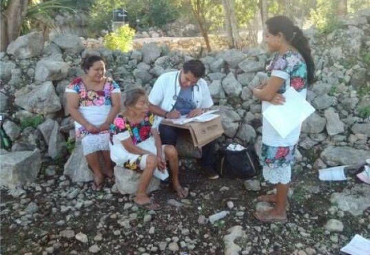 Comunidades rurales reciben consulta médica general y odontológica a través de las Caravanas de salud. (Redacción/SIPSE)