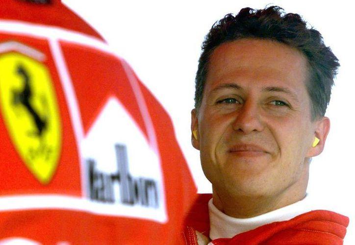 Michael Schumacher se recupera satisfactoriamente en su casa de Suiza, dice uno de los especialistas que lo atendió en Francia. (Agencias)