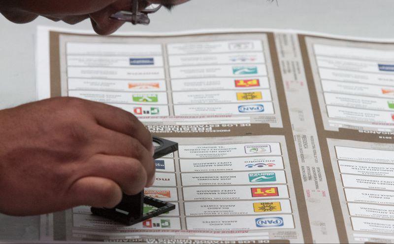 Los ciudadanos pueden ensayar su voto para elegir presidente, diputados y senadores. (Animal Político)
