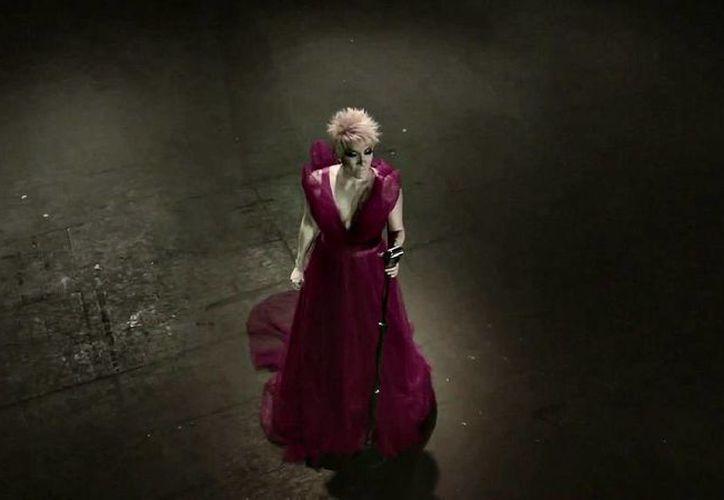 La cantante trae el espectáculo que presentó en el Auditorio Nacional. (SIPSE)