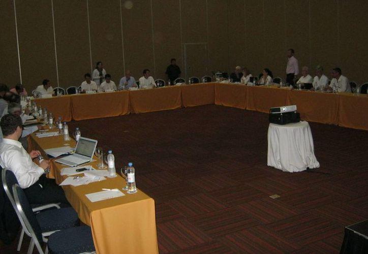 Doce embajadores de países europeos participaron en el encuentro. (Adrián Barreto/SIPSE)