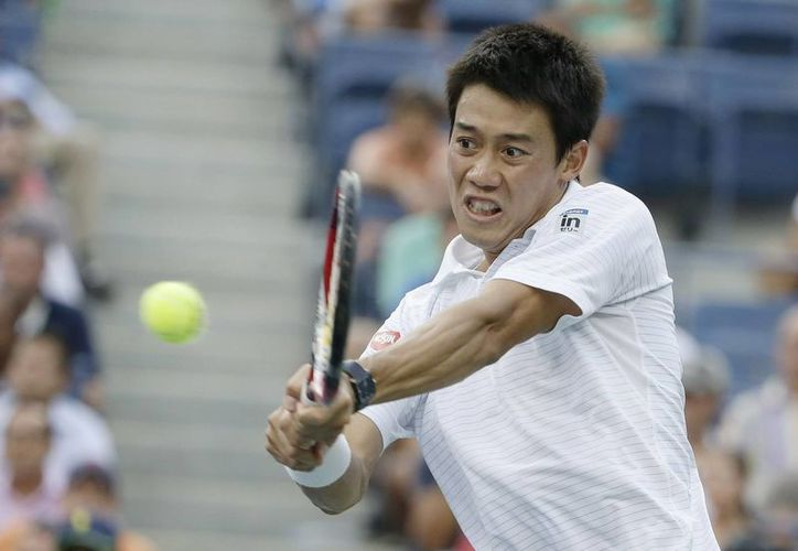 Nishikori ahora deberá eliminar a Novak Djokovic o al británico Andy Murray para poder clasificar a la fial del US Open. (EFE)