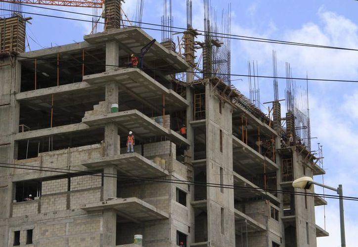 Los proyectos mantienen activos a los trabajadores. (Tomás Álvarez/SIPSE)