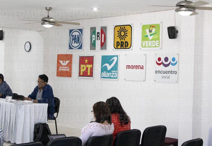 Únicamente tres partidos son los que han presentado con claridad sus documentos. (Foto: Joel Zamora/SIPSE).