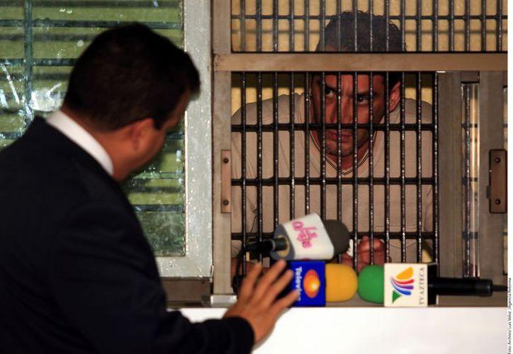 Alfredo Cervantes tuvo que pagar su 'cuota' en el reclusorio. (Agencia Reforma)