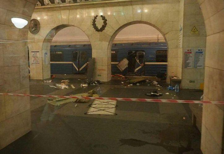 Según la Policía, el estallido ha sido causado por artefactos explosivos rellenos con metralla. (RT)
