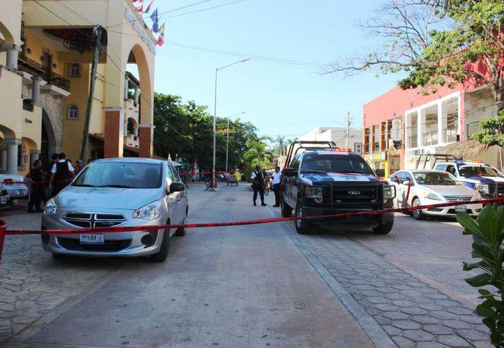 Dos hechos violentos activaron las alertas en Playa del Carmen el viernes; el primero fue un asalto a una joyería, el segundo, un asesinato. (Octavio Martínez/SIPSE)