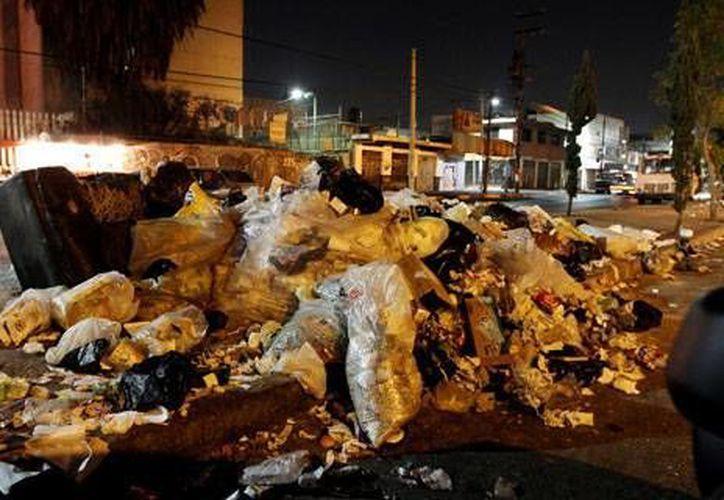 En 33 cabildos de Ecuador el problema de la basura es crítico. (www.metroecuador.com/Archivo)