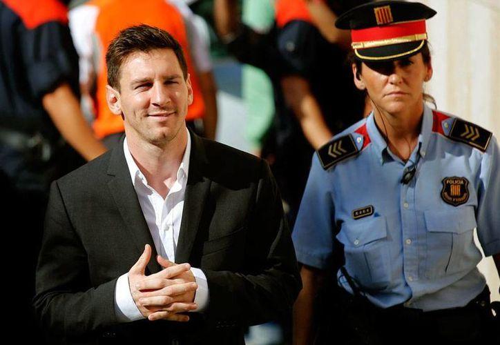 Lionel Messi fue 'liberado' de la acusación de fraude fiscal que pesaba sobre él. Sin embargo, 'todas las baterías' hacia su padre, Jorge Messi. (Efe/Archivo)