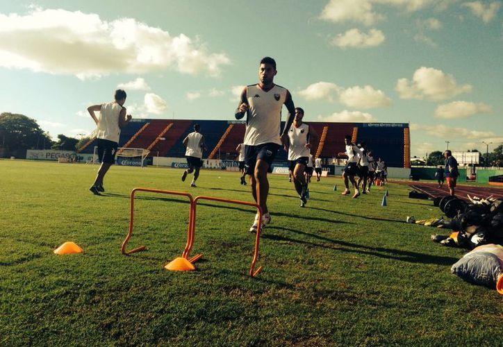Atlante se prepara para visitar el próximo 19 de octubre en el estadio Universitario a los Tigres. (Redacción/SIPSE)