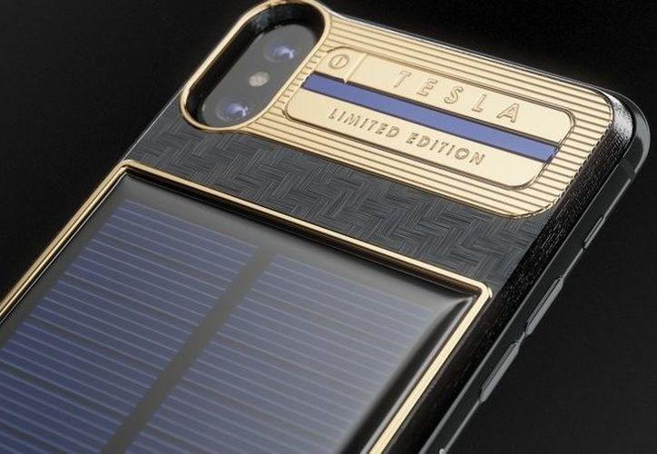 Tú también puedes hacerte con tu iPhone X Tesla, mira cómo en la nota. (Xakata)