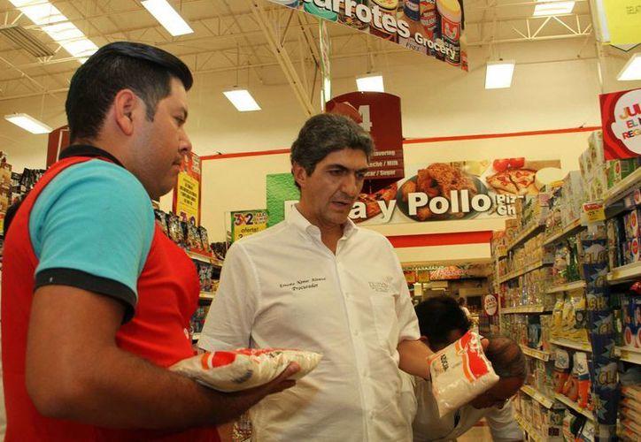 El titular de la Profeco, Ernesto Nemer Álvarez, dijo que la dependencia mantiene un monitoreo específico en 51 ciudades del país, a través del programa 'Quién es Quién en los Precios'. (Notimex)