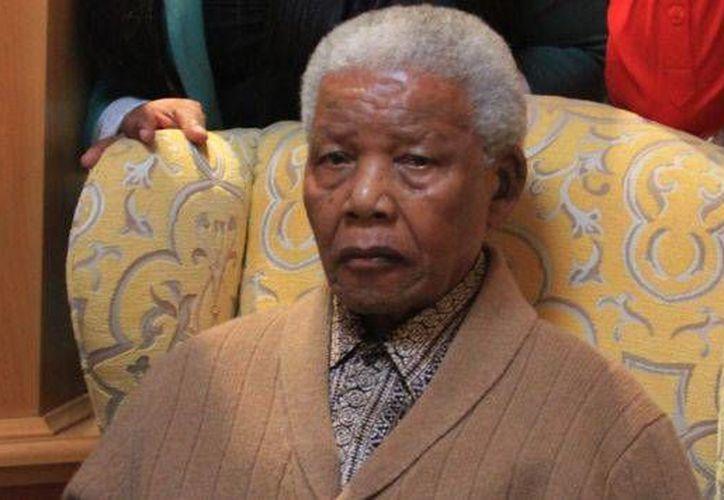 Mandela, de 94 años, ha recibido atención médica varias veces en los últimos meses. (Archivo/AP)