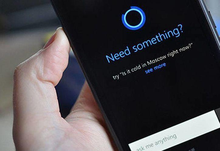 Cortana es un asistente digital de voz para Windows Phone 8.1 (The Verge)